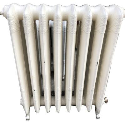 Radiateur ancien à motifs fonderie Brousseval