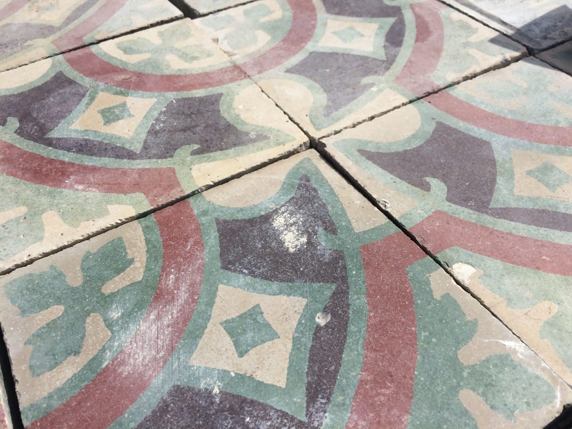 Carreaux De Ciment Anciens Rouges Et Verts Materiaux Autenthiques