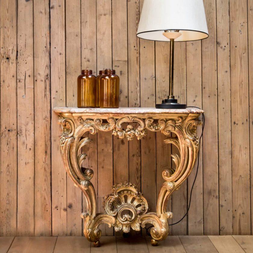 Ancienne console dorée