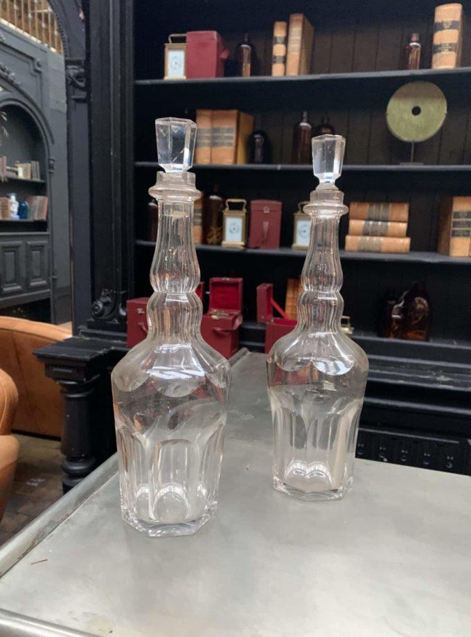 Carafe en verre ancienne