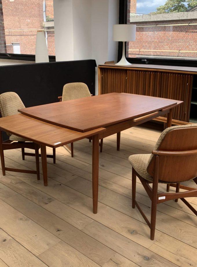 Table vintage scandinave années 70