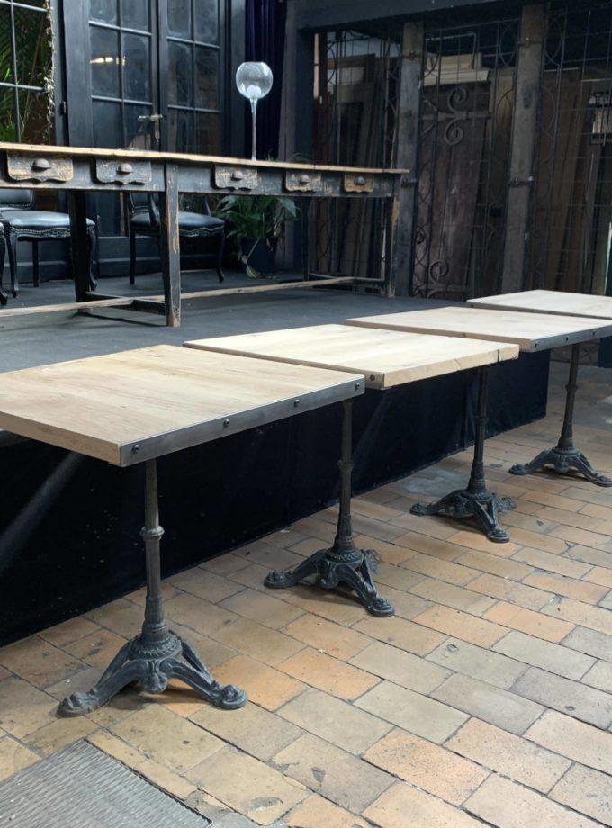 Table bistrot fond de wagon
