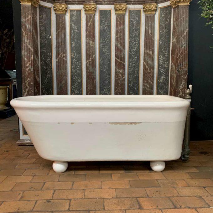 baignoire ancienne