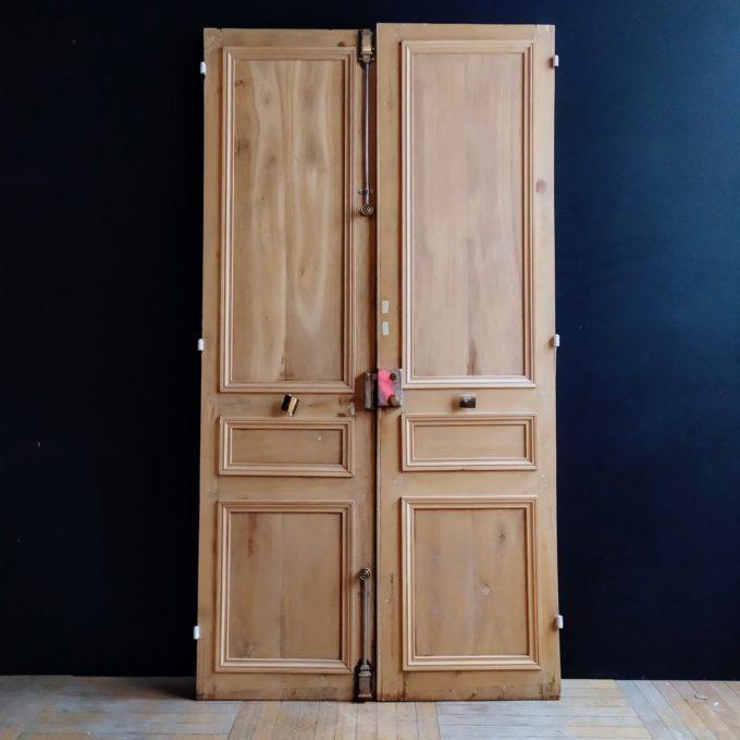Double Haussmannian door in pickled oak