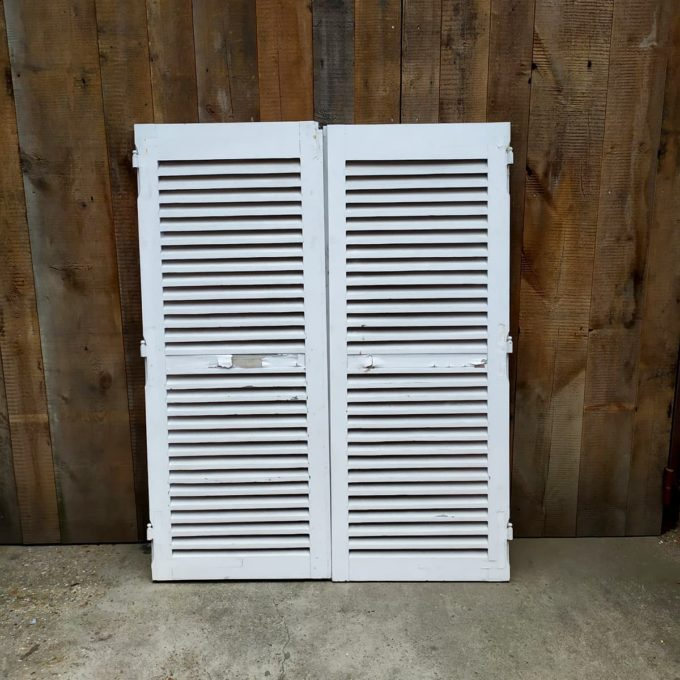 Double white shutters, 139.5 * 174.5cm.
