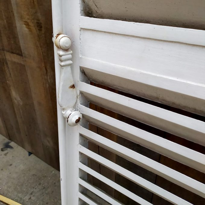 Double white shutters, 222 * 123cm